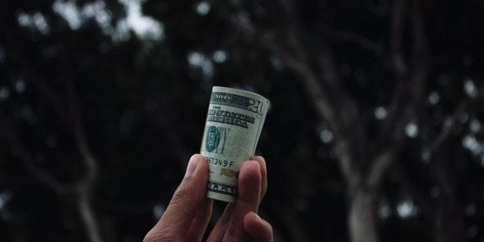 zmierzch dolara